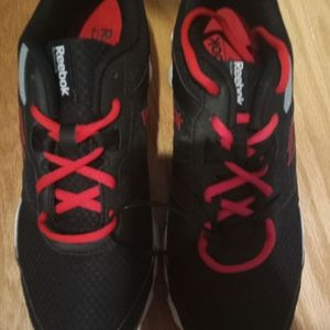Reebok shoes youth size 7
